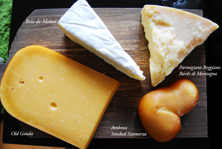 acookscanvas-cheese-selection-copyright2012-2013
