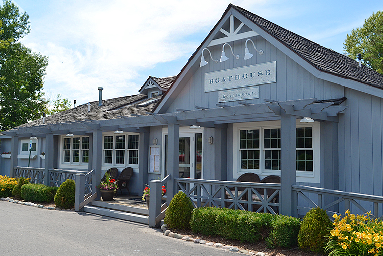 TheBoathouseRestaurant_Michigan8_acookscanvas_copyright 2011-2015_57