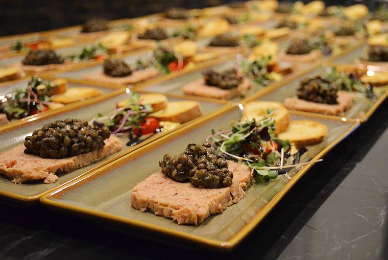 alacarte_shadowing_executive chef_dominiquetougne37_acookscanvas-copyright2012-2016_66