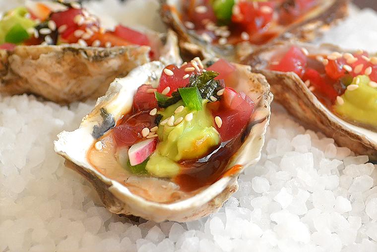 oysters14_boathousetraversecity_acookscanvas-copyright2012-2017_71