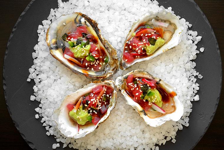 oysters15_boathousetraversecity_acookscanvas-copyright2012-2017_71
