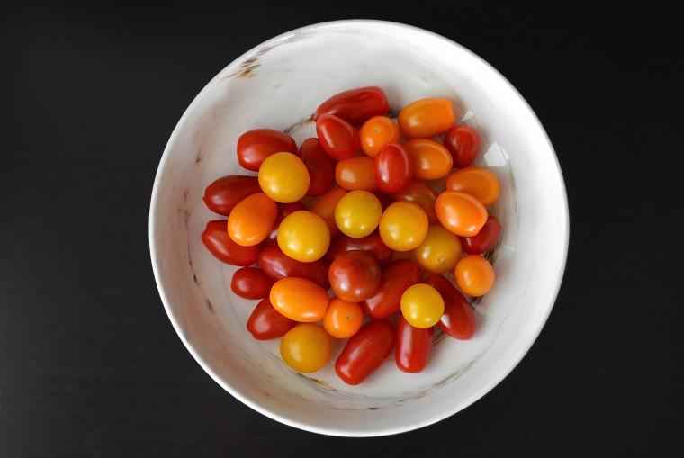 Grilled Tomato Bruschetta4_acookscanvas-copyright2012-2017_90