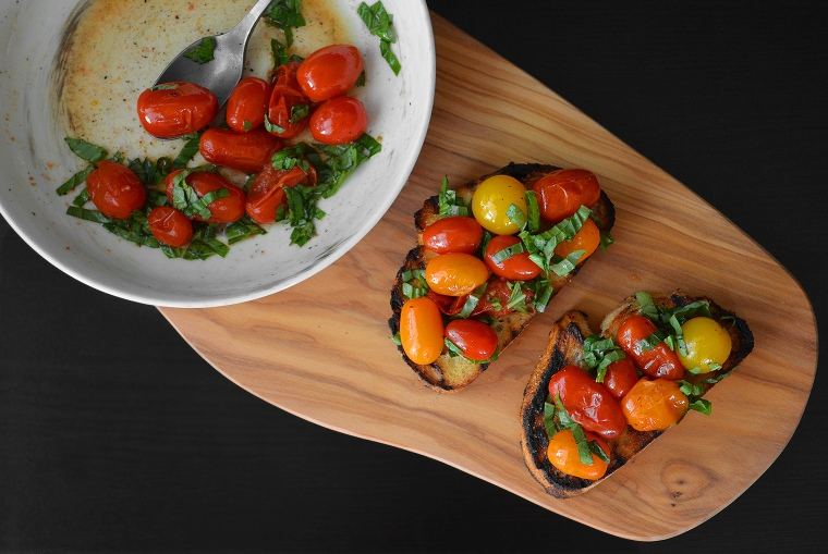 Grilled Tomato Bruschetta9_acookscanvas-copyright2012-2017_90