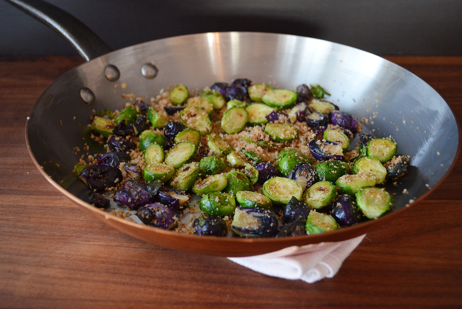 Crispy Pan-Seared Brussels Sprouts with Garlic Roots and Panko (In ...