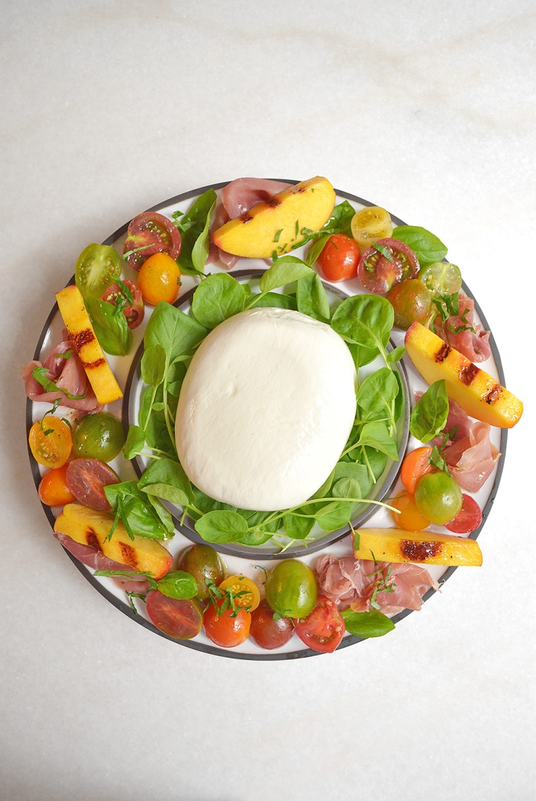 heirloom tomato and grilled peach salad2